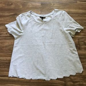 Topshop scallop edge T-shirt in gray size US 6